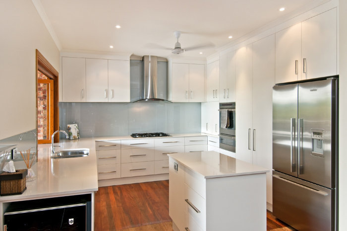Ccw Cabinet Works Cairns Kitchen Gallery Custom Kitchen Cabinet Makers